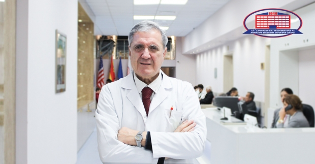 Surgeon-endoscopist who loves painting and has worked at National Center of Surgery for 60 years